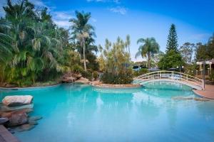 Boambee bay resorts