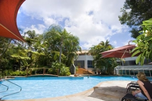 Mariner Shores Resorts swimming pool